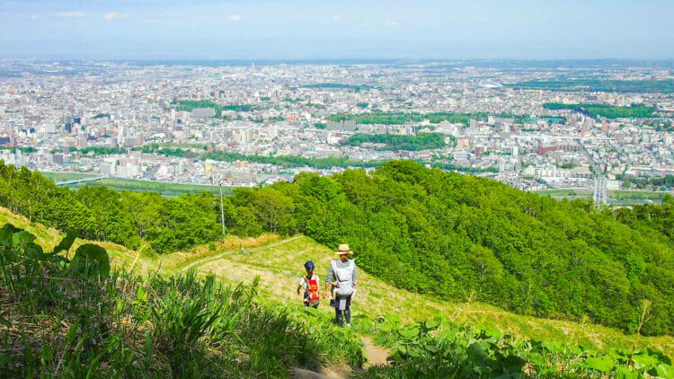 resize_P5194634b-750x422 地方暮らしに憧れる人々に贈る、東京→北海道移住エッセイ OPEN THE DOOR 第1回 大自然まで歩いて5分の都市に住む