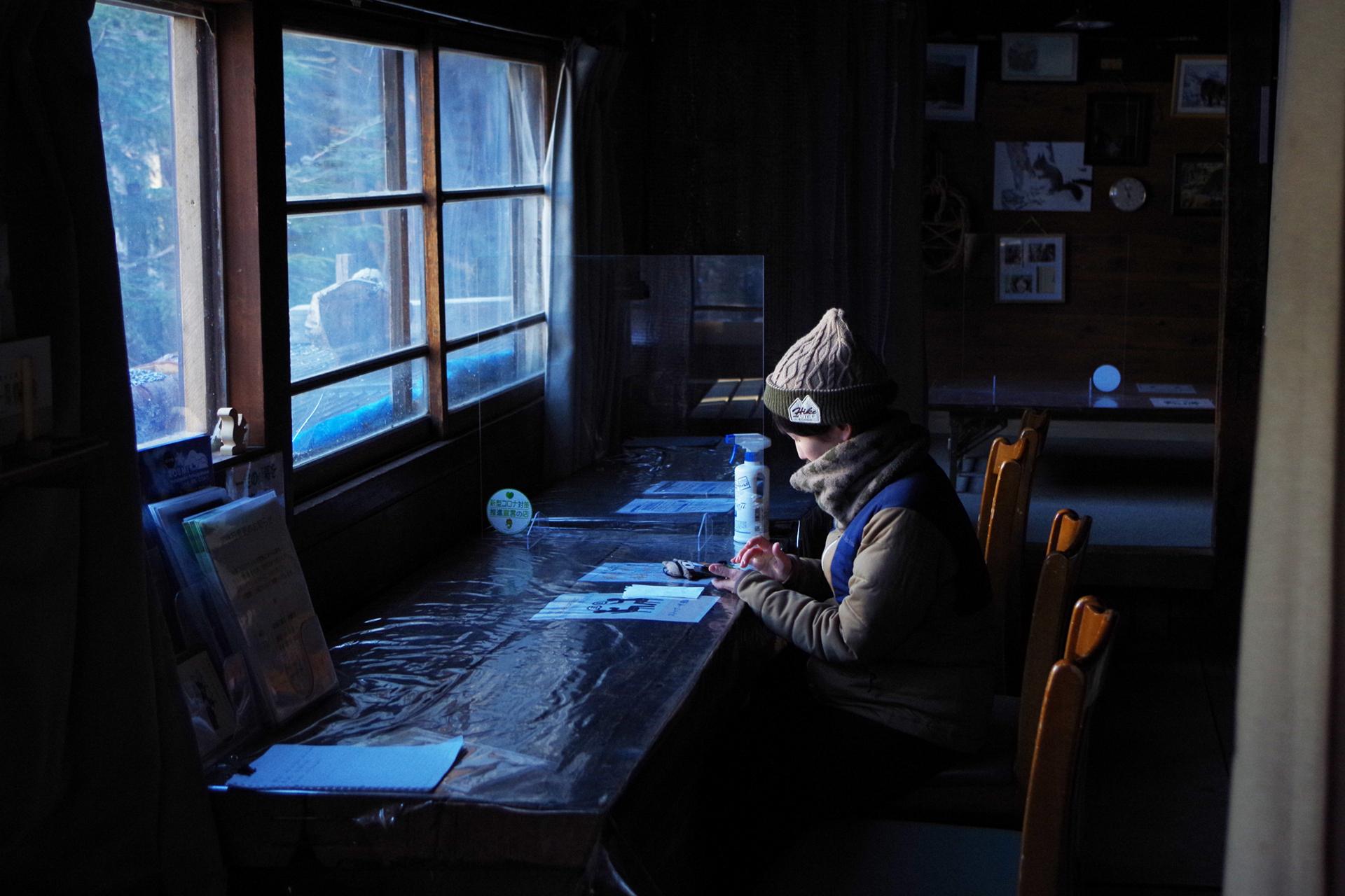 15 山を愛するマンガ家・鈴木ともこさんと行く!北八ヶ岳・しらびそ小屋〜コロナ禍で再発見した魅力とは〜