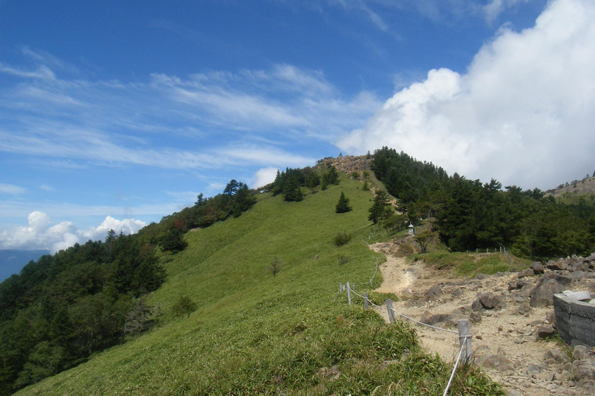 30 ビギナーにもおすすめ!日帰りでも楽しめる関東の絶景登山・ハイキングスポット10選