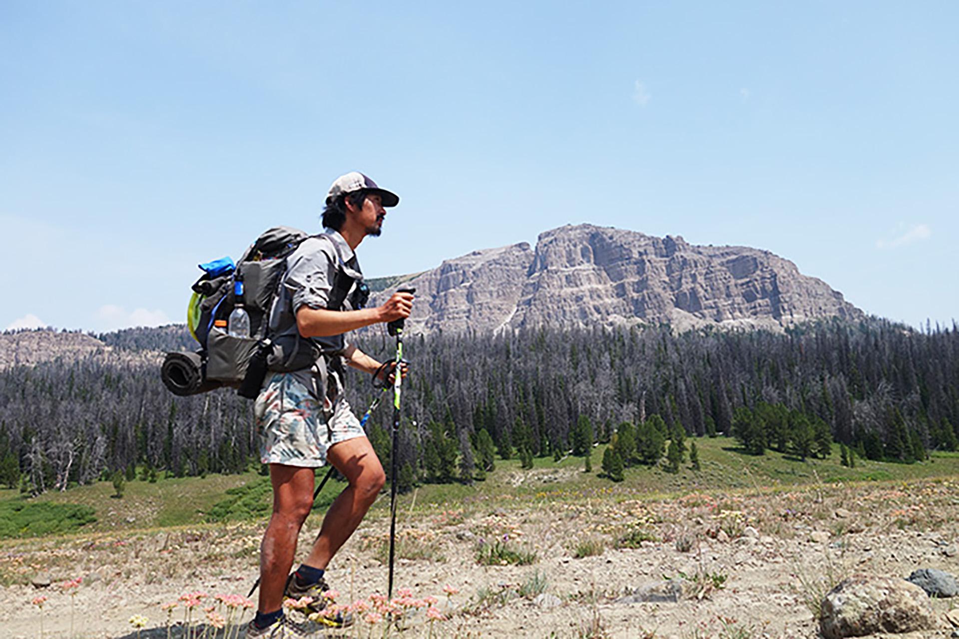 3-5 トリプルクラウナー/イラストレーター・河戸良佑氏インタビュー<br>〜ロングトレイルに必要な才能と、『アリガト山』への思い〜